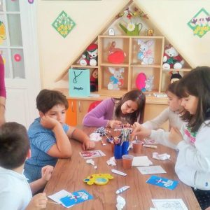 copiii la Afterschool Rainbow Kids Bucuresti