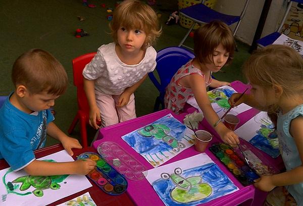 pictura scoala de vara rainbow kids